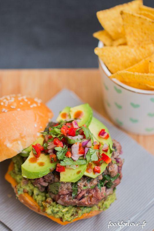 Burger Mexicain - Food for Love. Vous pouvez même le cuisiner à la Plancha!