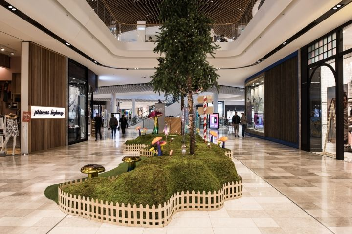 Christmas installation for QIC by Your Studio Melbourne  Australia