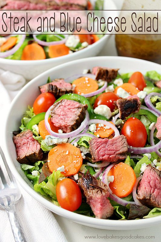 This Steak and Blue Cheese Salad is perfect for a quick and easy weeknight meal! My family loved this one! #blendedconf #AZMilk #ad