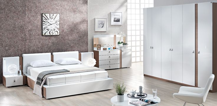 Bedroom with a white elegance