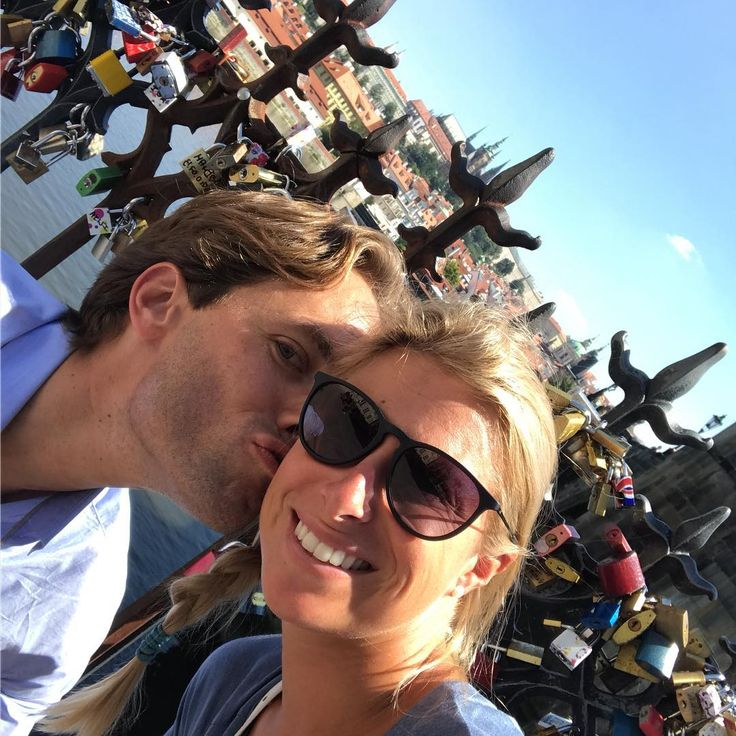 Hlavackova rounds out WTA wedding weekend in Prague | WTA Tennis
