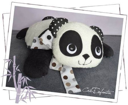 "Coussin ""Panda"" - Mars 2012"
