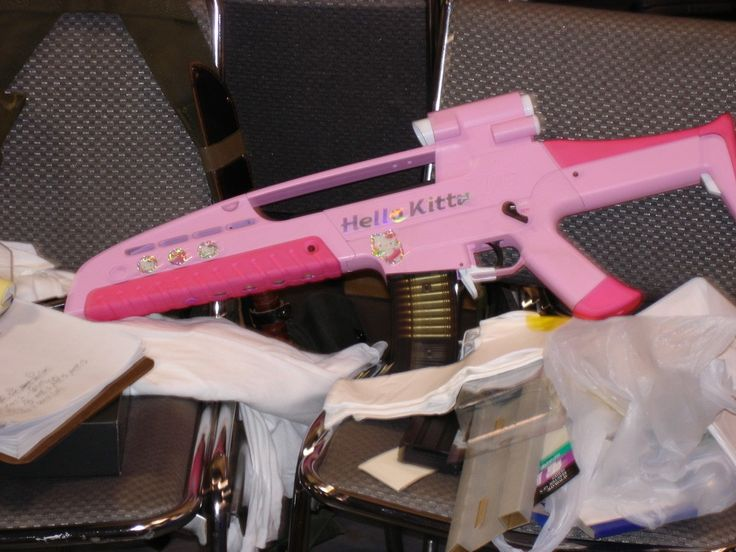 Google Image Result for http://www.kittyhell.com/wp-content/uploads/2008/01/hello-kitty-xm8.jpg