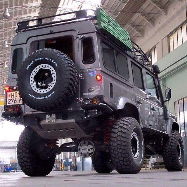 Land Rover Defender 110 Td4 Sw Se customized extreme sports CSV…