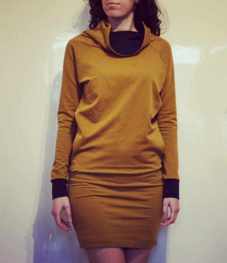 Mustard with navyblue 💛💙  #sweater #batwingjumper #mustardyellow #slowfashion #handmade #fashion #womandress #handmadedress #madebyme #kovacsdora #isew #designerdress #hungariandesigner