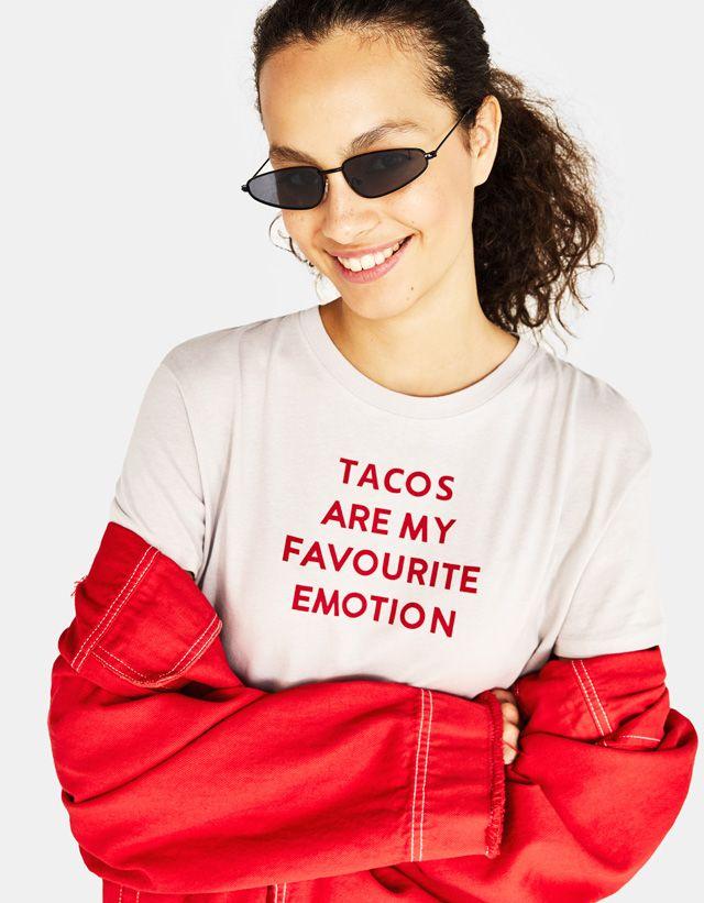 excepcional gama de estilos fina artesanía mejor servicio Women's T-shirts - Autumn Winter 2018 | Bershka | words n ...
