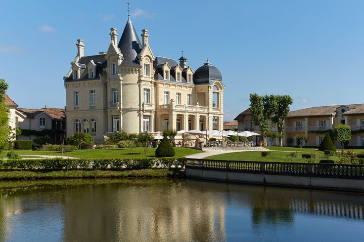 Château Grand Barrail ~ Saint-Emilion ~ Aquitaine ~ France