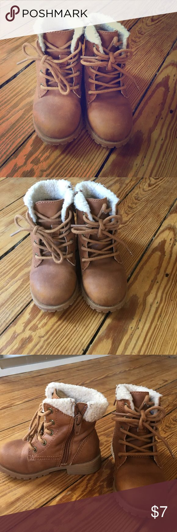 Toddler Girl Brown Boots With Faux Fur Lining Sz 7 Ready for Fall? Toddler Girl Boots by Cat and Jack. Size 7. Lace up in front and also zips on side. Excellent condition. Cat and Jack Shoes Boots
