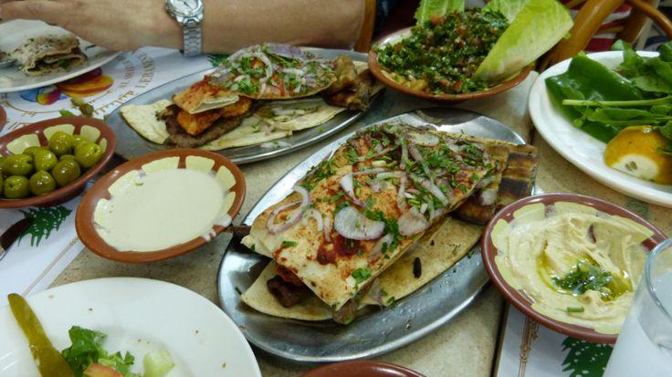 Abendessen beim Libanesen in Abu Dhabi