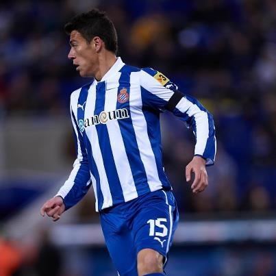 Gol de Moreno y goleada del Espanyol   Cuando mejor jugaba el Athletic de Bilbao en San Mamés apareció el defensa mexicano Héctor Moreno y mediante un cabezazo adelantó en el marcador al Espanyol de Barcelona. A partir de ese momento, minuto 28, el equipo dirigido por Javier Aguirre se vio sólido tanto a la ofensiva como a la defensiva y por ello terminó goleando 4-0 como visitante en duelo correspondiente a la Jornada 23 de la Liga de España.