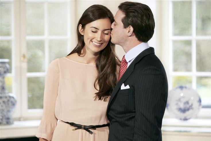 Prins Félix en prinses Claire van Luxemburg verwachten in het najaar hun tweede kindje. Dat heeft het Luxemburgse hof maandag, 4-7-2016, bekendgemaakt.