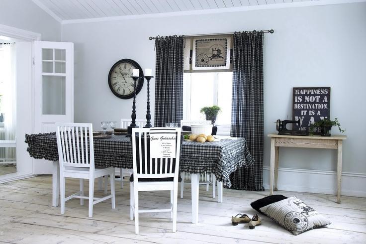 Inspirationsbilder på gardiner hittar du hos ambinesshome . Återförsäljare av svanefors gardiner som har fantastiskt fina bilder på gardiner. Hitta inspiration hos oss.