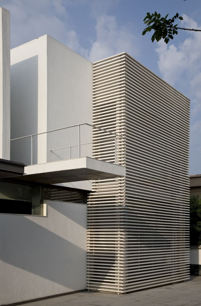 Poona House, Mumbai, India by  Rajiv Saini