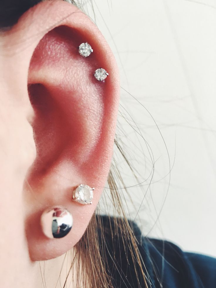 Double helix double cartilage studs earrings