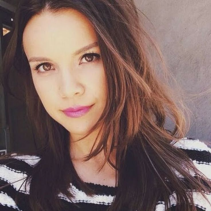 Youtube Channel : Miss Glamorazzi