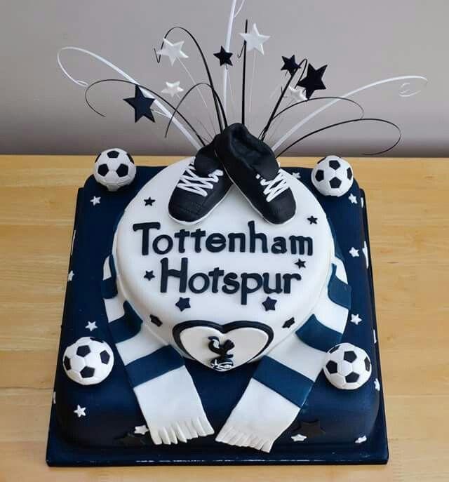 Tottenham Hotspurs themed wedding cake