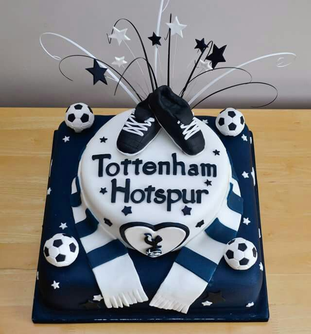 Tottenham Hotspurs themed wedding cake