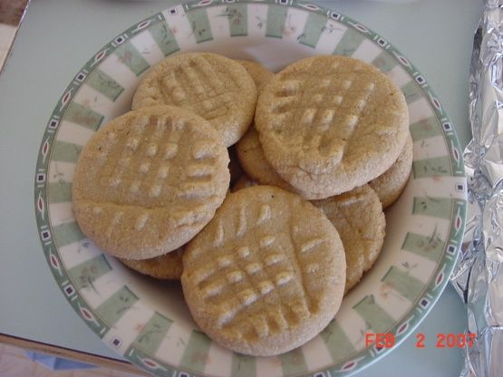 Make and share this Mrs. Field's Soft and Chewy Peanut Butter Cookies recipe from Food.com.