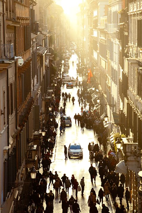 Via Condotti, the busy shopping street at the base of the Spanish Steps (Rome, Italy).