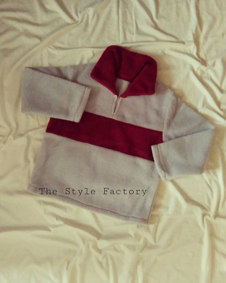 Two-color fleece jacket in size 110 // thestylefactory.pl //