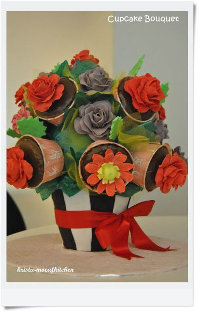 KRISTA MOCAF KITCHEN: Rose Cupcake Bouquet