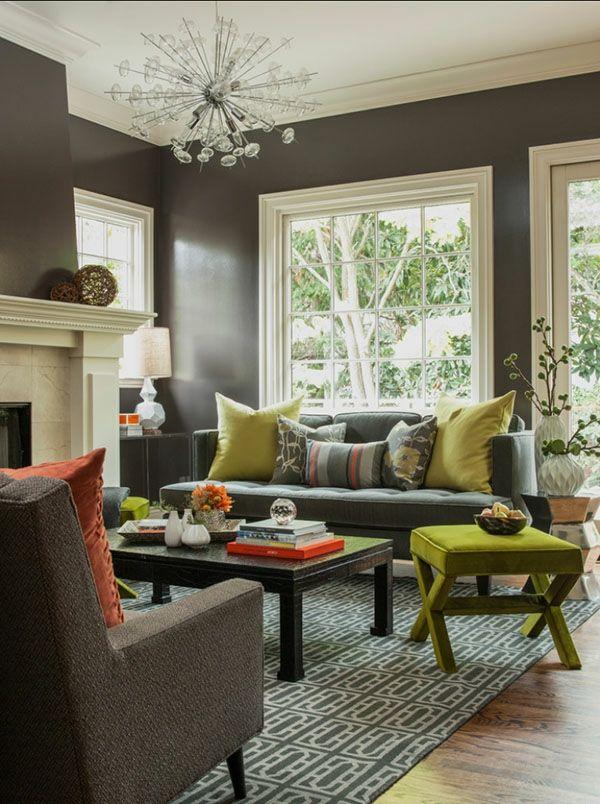 Innovative Yellow Living Room Ideas yellow living room chairs Graue Wandgestaltung Und Kronleuchter Aus Glas Fr Ein Modernes Wohnzimmer Design Wie Ein Modernes Wohnzimmer