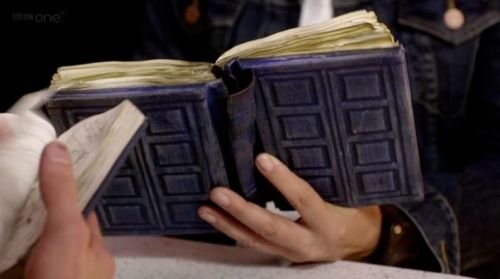 Make Your own River Song journal-- NEED TO DO THIS