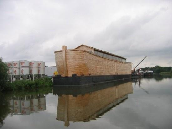 Dutch Artist Builds Life Size Replica of Noah's Ark