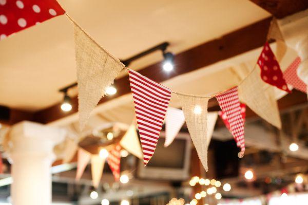 Una boda DIY en rojo y blanco   Paniculata in bloom