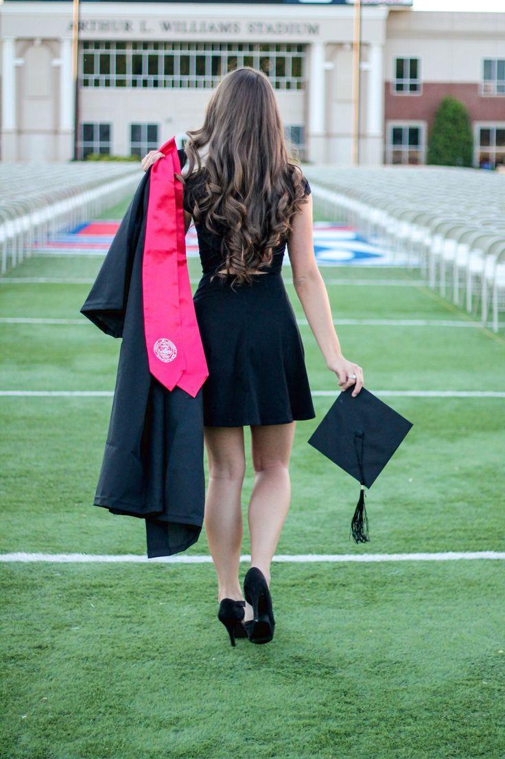 Graduation picture idea