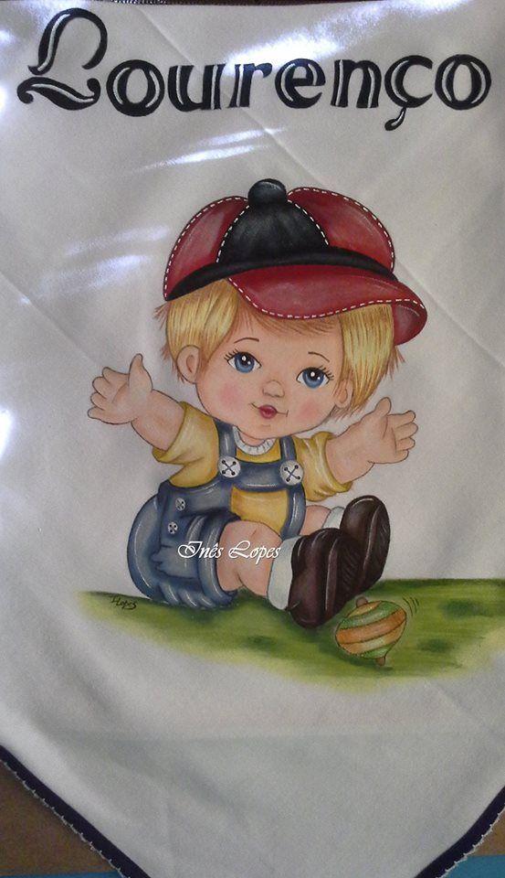 Fralda de malha de algodão pintada à mão com risco da fabulosa Marcia Sueli de Medeiros
