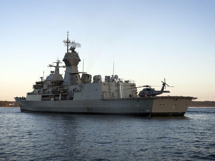 Royal Australian Navy Adelaide FFG class frigate HMAS Perth, after ASMD upgrade.