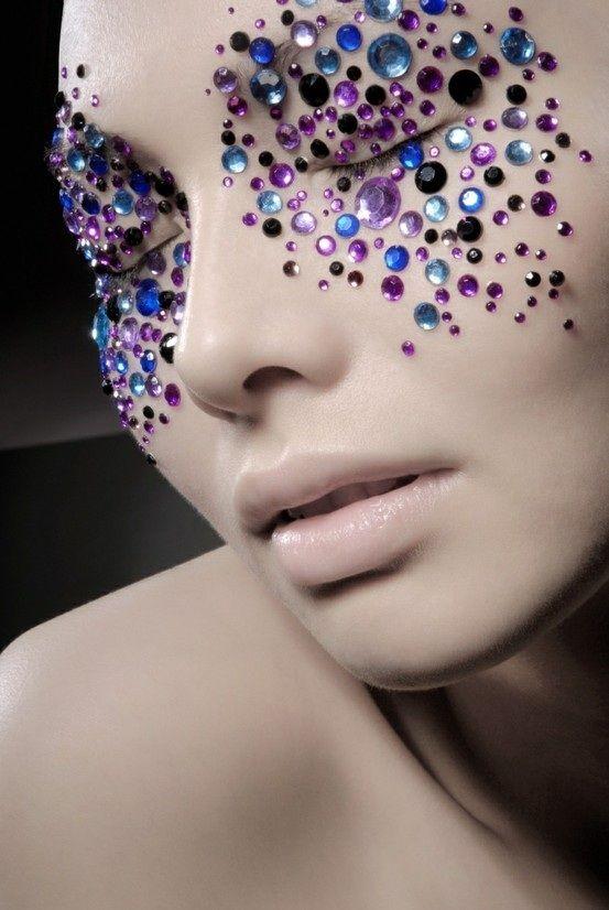 Bold Makeup Inspiration 01
