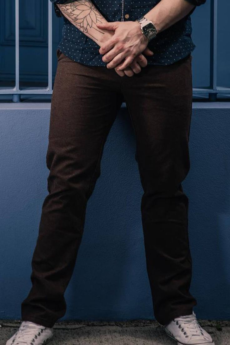The new go to basic for all followers of fashion, our brown coloured, slim-fitting chinos are the most versatile option for the modern man. Matching perfectly with tees, shirts, blazers or singlets, our chinos define the leg while leaving adequate drapes for numerous footwear options. Just choose your style, and combine.  http://sieteclothingco.com.au/shop/mens-chinos-and-pants/