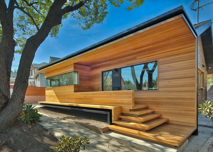 Martin Fenlon adds modern extension to historic LA bungalow