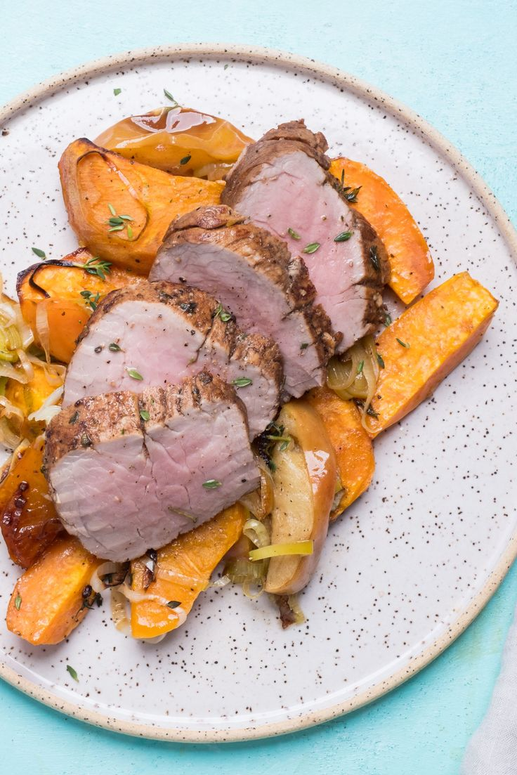 Take your ordinary dinner to the next level with our majestic maple-marinated pork, seasoned with minty thyme, and experience an extraordinary supper!