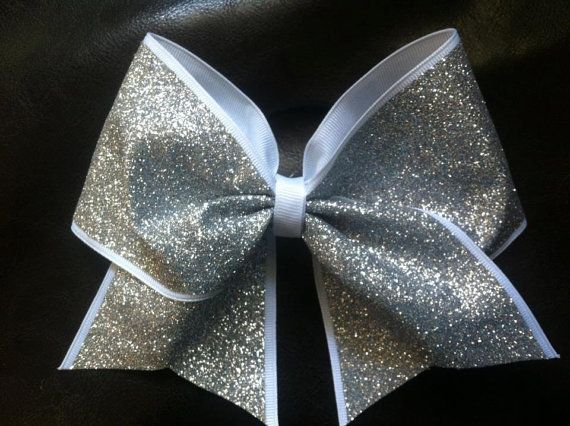 Hey, I found this really awesome Etsy listing at http://www.etsy.com/listing/155955309/sparkly-cheer-bow