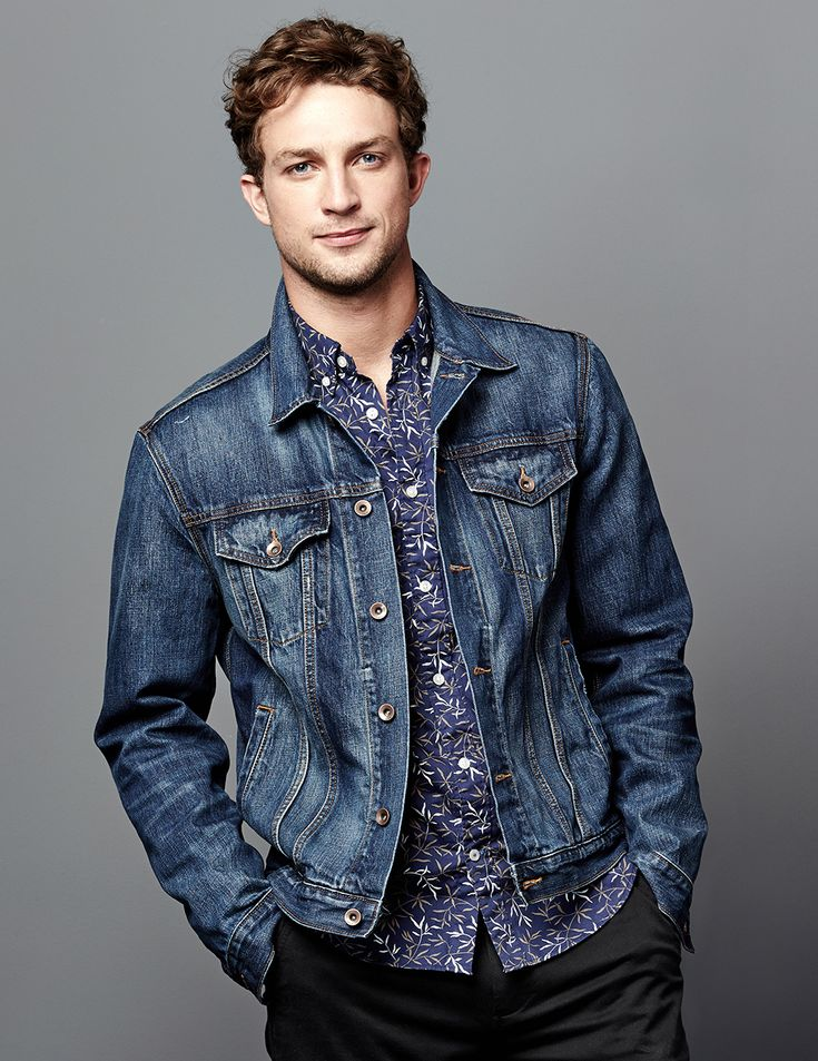 15 Must-see Denim Jackets For Men Pins | Men fashion casual, Man ...
