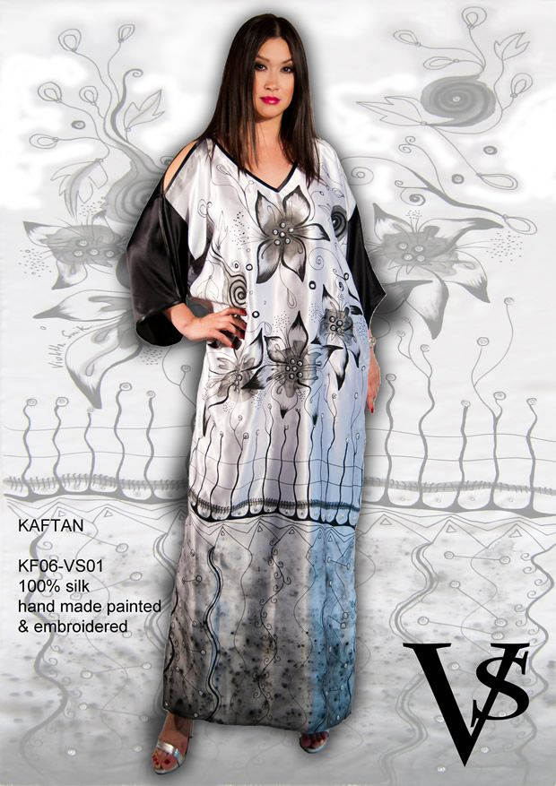 "Kaftan KF06-VS01 - Composition 100% Silk - Hand Painted & Embroidered - Sizes Italian (from 38 to 62 tailored) - Limited Edition Series (maximum 100 Pieces for model) - ""Violetta Smik"" is produced by Sephirot Productions of Milan under the brand ""4SuckerS"" - 100% MADE IN ITALY - 100% NATURAL FIBRES AND ECOLOGICAL - 100% HAND PAINTED - 100% HAND EMBROIDERED - Try it to believe! Authorized seller: Showroom SD Multibrand Milano street Visconti di Modrone 30. www.violettasmik.com"