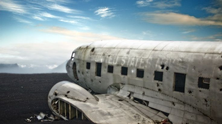 40 Yıllık Uçak Enkazının Nefes Kesen Fotoğrafları | SIFIRYUZ.com | Dijital Erkek Magazini