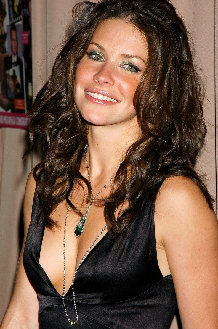 evangeline lilly with both - photo #22