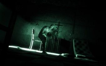 Steam Summer Game Sales Worth Buying – Outlast
