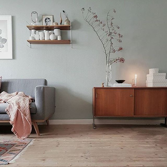 Loving what @wunderblumen has going on here. #followfriday #SOdomino #interiorinspo