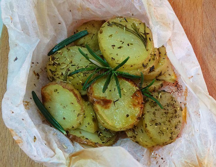 patate al cartoccio in fette