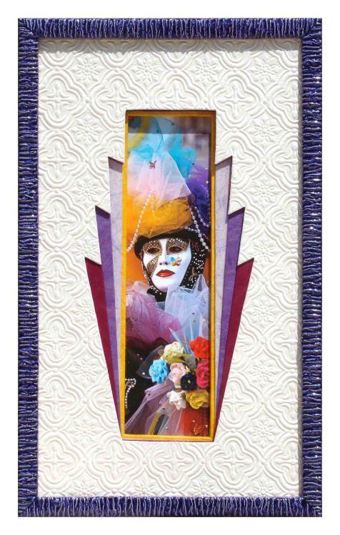 Venise réalisé par Lucienne en 2010Biseau droit jaune. Superposition de 4 cartonnettes mauve, violet, bordeaux et blanc gaufré, dont l'ouverture est de plus en plus évasée.