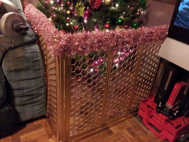 Best 25+ Corner Christmas Tree Ideas On Pinterest