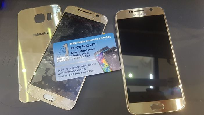 This Samsung s6 from Saturday was in pretty rough shape but we got it looking as good as new in just a few hours 😉 #samsungscreenrepairs #samsungmailinrepair #backglassrepair #mobilephonerepairsgeelong #mailinscreenrepairs #screenrepsirsgeelong #glassrepairs