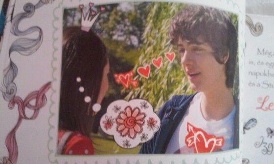 Violetta-Naplóm egy évvel később. Marco amikor megkérdezi Frant, hogy lesz-e a barátnője.