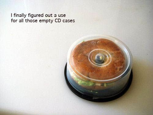 Recycling.Lunch Boxes, Bagels Holders, Food, Funny, Lunches Boxes, Empty Cd, Cd Cases, Cool Ideas, Bagels Sandwiches