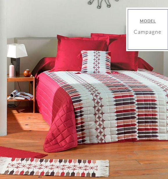 Nowoczesna czerwona narzuta francuska na łóżko